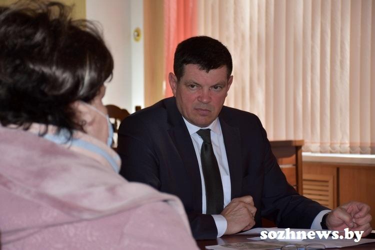 Главное — услышать каждого: председатель Гомельского райисполкома Сергей Ермолицкий провел прием граждан