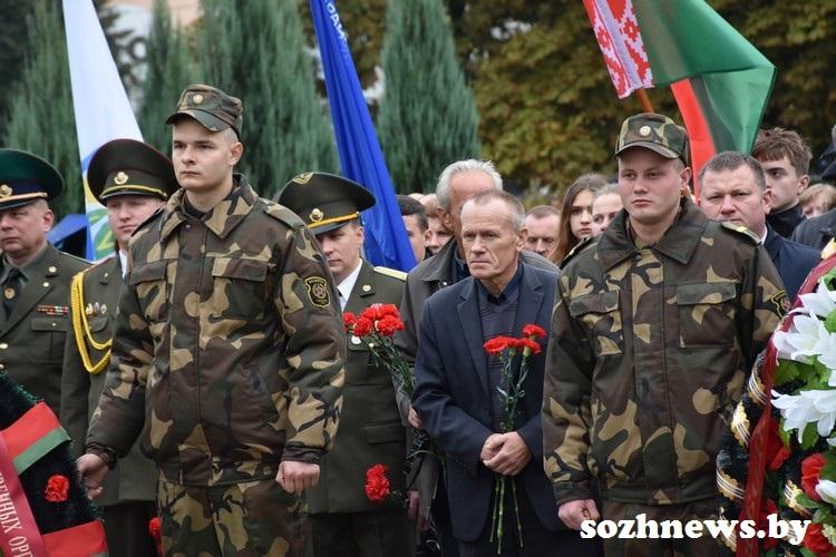 В Урицком отметили День народного единства